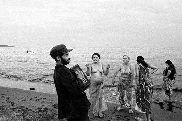 Фотографии Ванессы Виншип. Из цикла «Черное море». Изображение № 38.