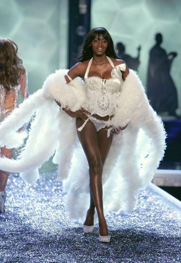 Victoria's Secret Lingerie Fashion Show 2008. Изображение № 35.