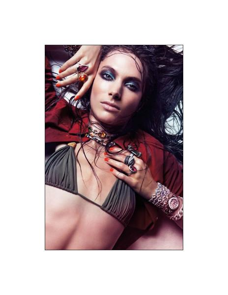 Джессика Миллер для испанского Vogue, июль 2011. Изображение № 32.