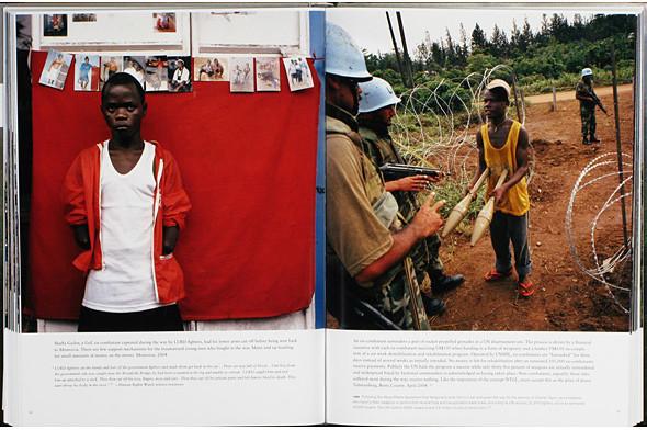 12 альбомов фотографий непривычной Африки. Изображение № 118.