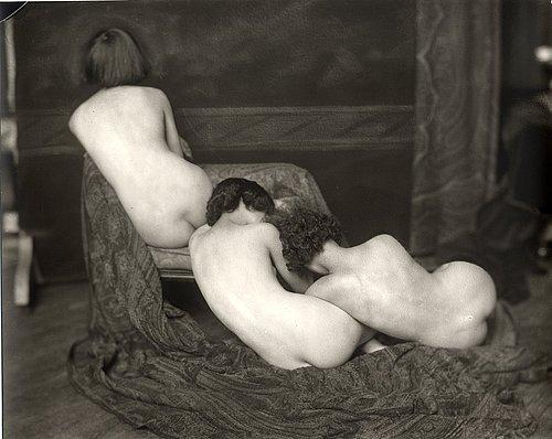 Retro Erotic. Изображение № 5.