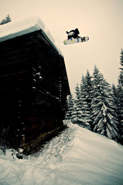 Дроп с дома, Лаакс, Швейцария. Изображение № 23.