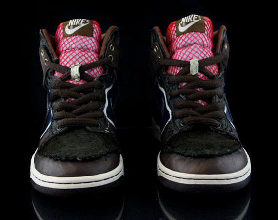Nike Dunk High Jekyll & Hyde кастомизация от Revive. Изображение № 2.
