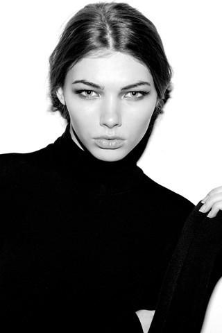 23 модели 2010 года по мнению Vogue.com. Изображение № 11.