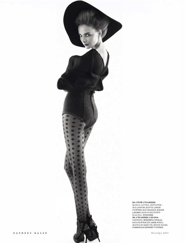 Съёмка: Снежана Онопка для Harper's Bazaar. Изображение № 2.