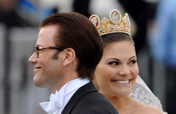Свадьба шведской кронпринцессы Виктории. Изображение № 9.