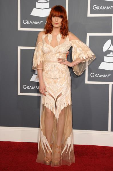 Флоренс Уэлш в кутюрном платье Givenchy. Изображение № 4.