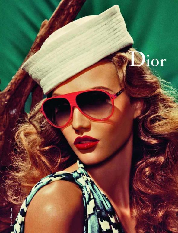Изображение 13. Рекламные кампании: Bottega Veneta, Jaeger и Dior.. Изображение № 18.