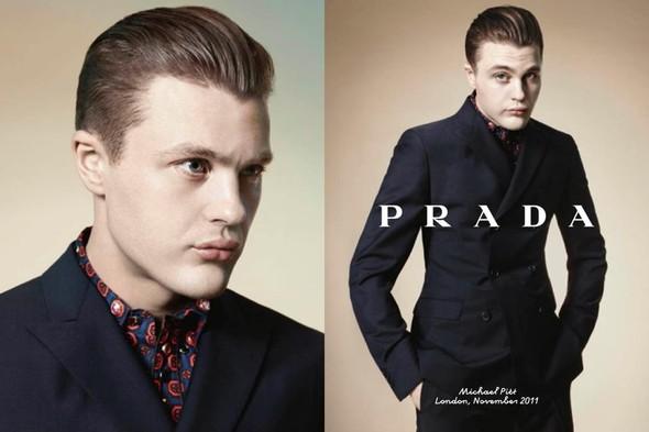 Кампания: Майкл Питт для Prada. Изображение № 4.