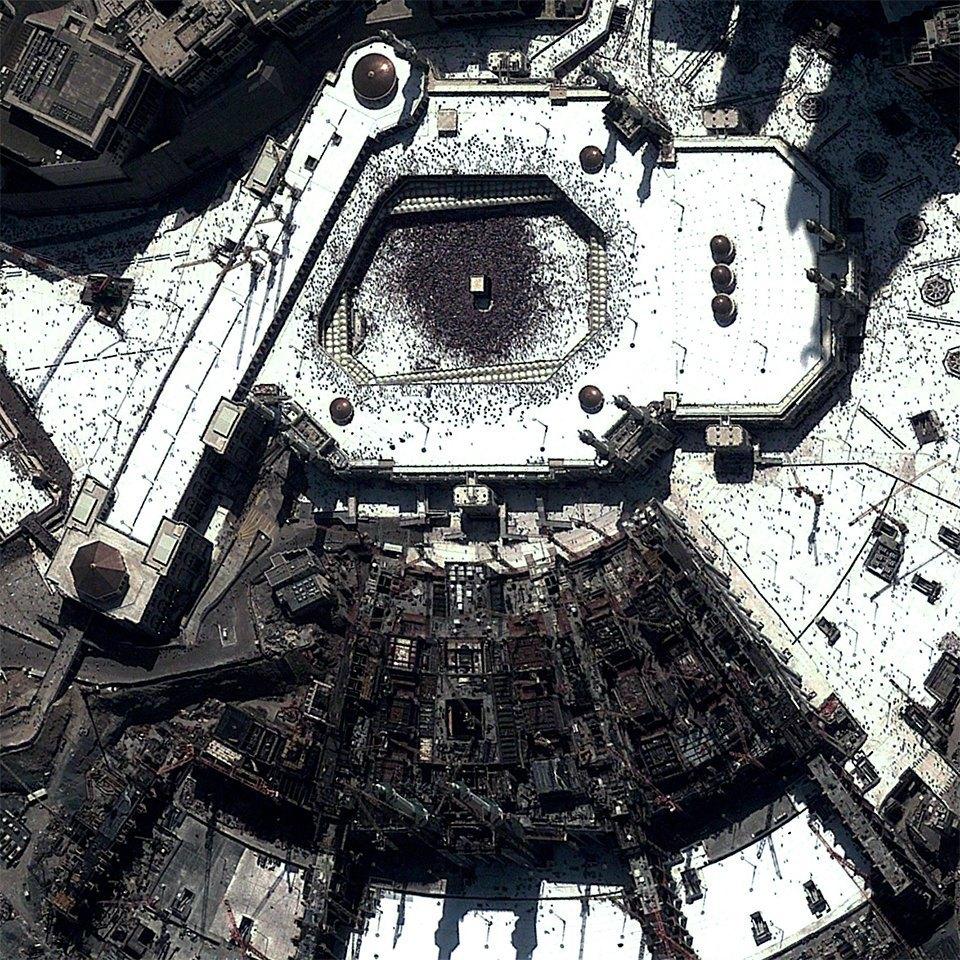 Снимки из космоса, напоминающие о хрупкости природы. Изображение № 15.