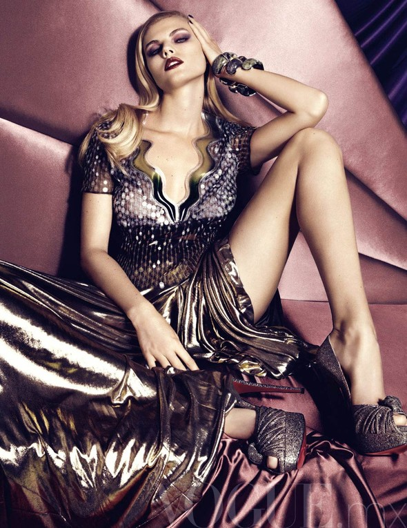 Съёмка: Марина Линчук для Vogue. Изображение № 5.