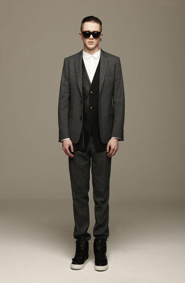 Marni и Marc Jacobs выпустили новые лукбуки. Изображение № 61.