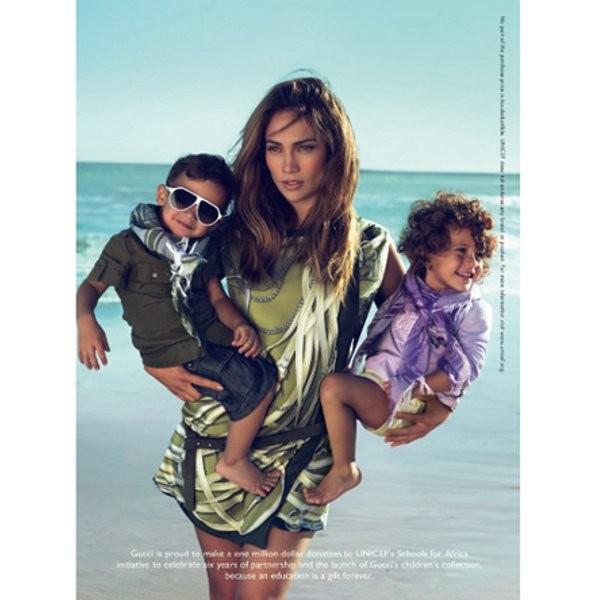Рекламные кампании: Gucci, Gianfranco Ferré и другие. Изображение № 2.