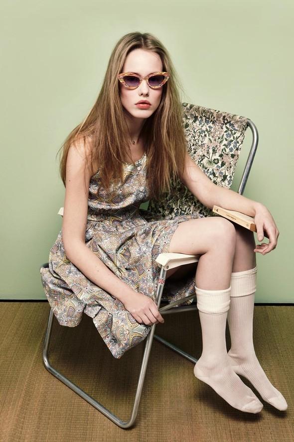 Съёмки: Playing Fashion, Schon, Vogue и другие. Изображение № 31.