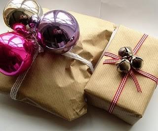 55 идей для упаковки новогодних подарков. Изображение № 1.