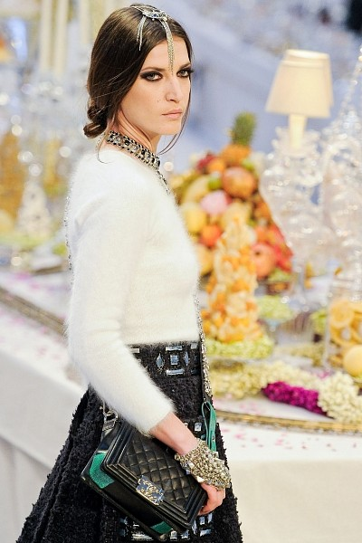 Детали с показа Chanel Pre-Fall 2012. Изображение № 11.