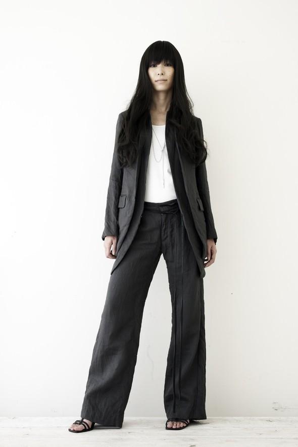 NUDE: MASAHIKO MARUYAMA SS2010. Изображение № 11.