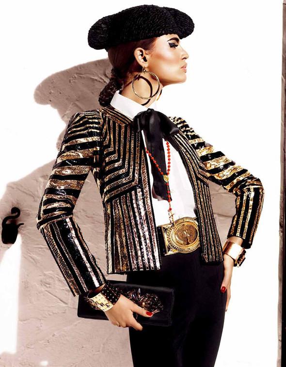 Съёмка: Бьянка Балти для Vogue. Изображение № 9.