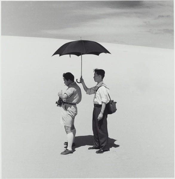 Еще восемь фотографов сюрреалистов. Изображение № 83.