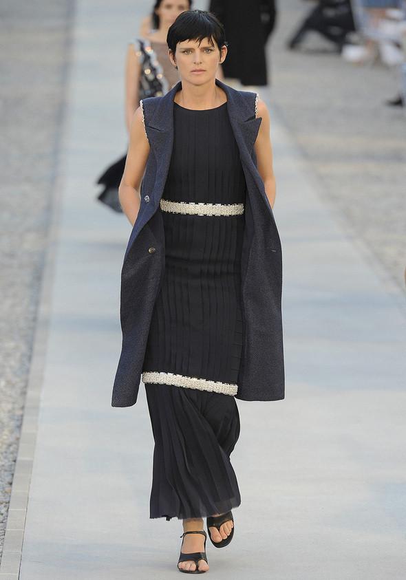 Изображение 27. Показана новая круизная коллекция Chanel.. Изображение № 27.