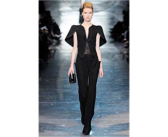 Неделя моды в Париже: Haute Couture. Изображение № 4.