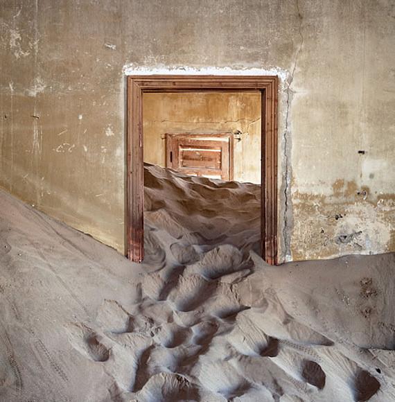 Изображение 6. Alvaro Sanchez-Montañes: город-призрак.. Изображение № 6.