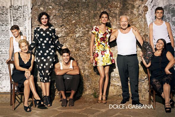Кампания: Dolce & Gabbana SS 2012. Изображение № 7.