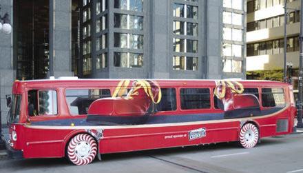 Необычная автобусная реклама. Изображение № 10.