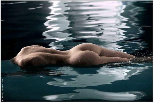 Howard Schatz: поту сторону воды. Изображение № 9.