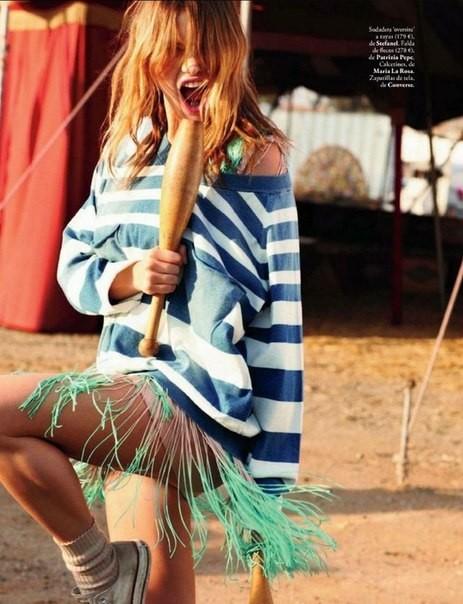 Сьемка: Камилла Роу для Elle Spain Febriary 2012. Изображение № 3.