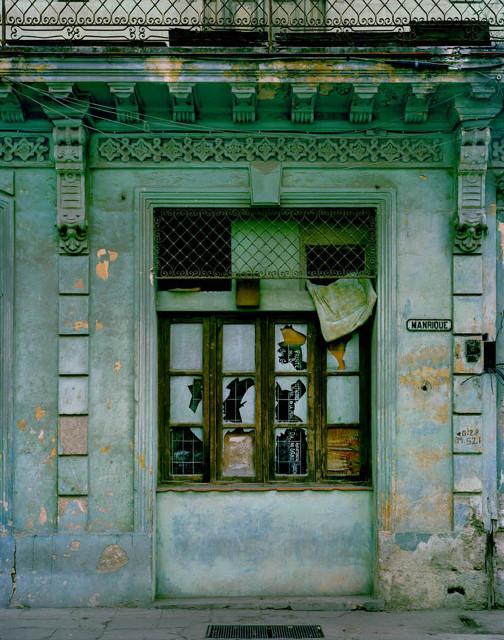 Изображение 15. Фасады Гаваны от Michael Eastman.. Изображение № 15.