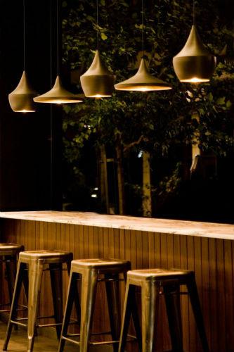 На скорую руку: Фаст-фуды и недорогие кафе 2011 года. Изображение № 44.