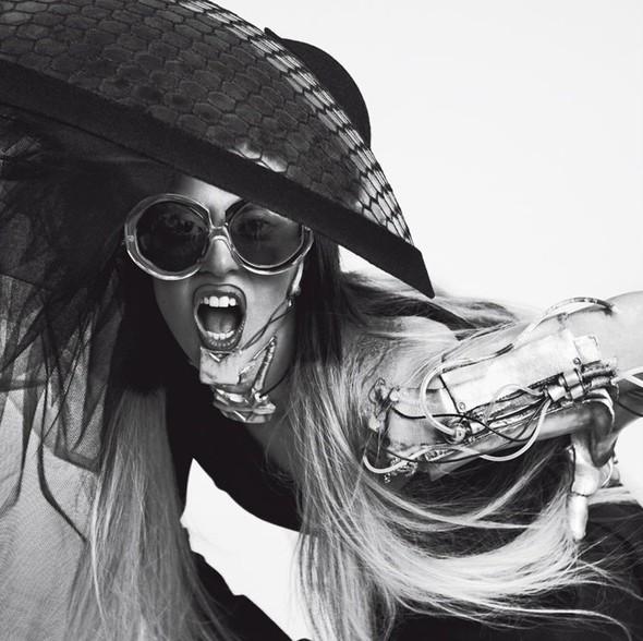 Съёмка: Леди Гага для Vogue. Изображение № 10.