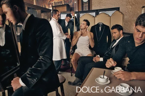 Dolce & Gabbana Fall 2010. Изображение № 6.
