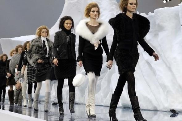 Ледяное шоу от Chanel. Изображение № 6.