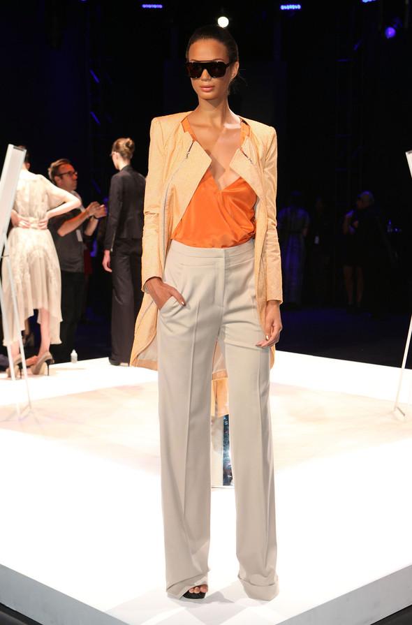 New York Fashion Week Spring 2012: День шестой. Изображение № 27.