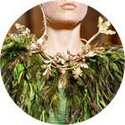Кутюр в деталях: Перья, золото и бабочки на показе Giambattista Valli. Изображение № 4.