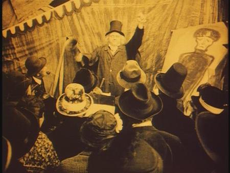 «Кабинет доктора Калигари»Роберт Вине. триллер, 1919. Изображение № 7.