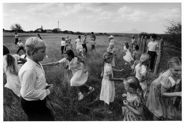 Современные мастера фотографии. Larry Towell. Изображение № 15.