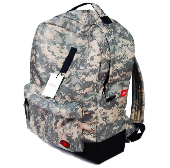 Унести все: рюкзаки и сумки марки EYE CANDY. Изображение № 11.