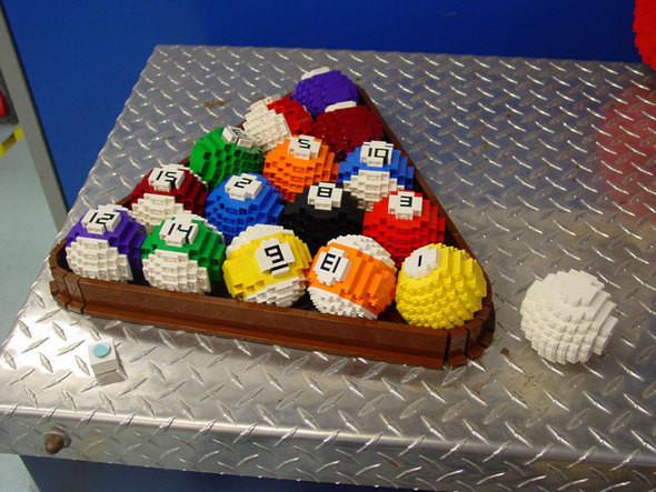 Изображение 10. Lego art: Люди, продолжающие играть.. Изображение № 10.