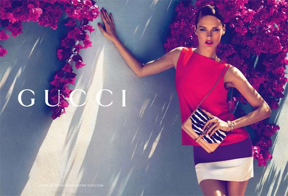 Karmen Pedaru и Lenz von Johnston для рекламы Gucci Cruise 2012. Изображение № 9.