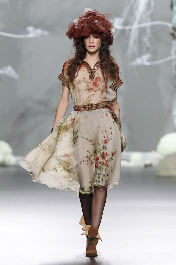 Madrid Fashion Week A/W 2012: Francis Montesinos. Изображение № 4.