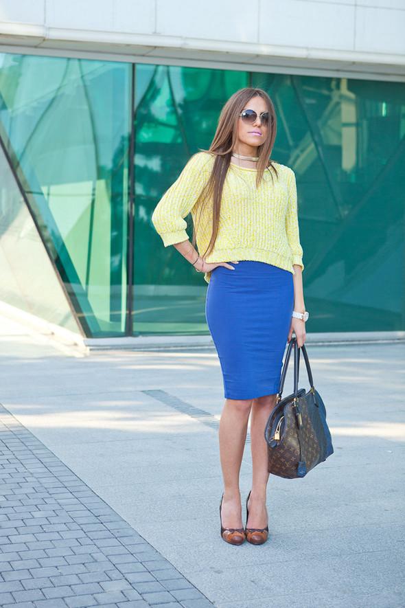 Baku Street Fashion | Spring 2012. Изображение № 45.