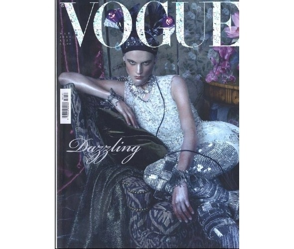 Изображение 35. Коллекция Dolce & Gabbana SS 2011 появилась на 42 обложках журналов.. Изображение № 3.