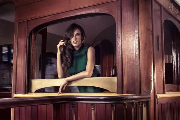 Alessandra Ambrosio и Ashton Kutch для Colcci. Изображение № 11.