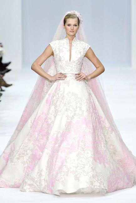 Elie Saab Spring 2012 Couture. Изображение № 17.