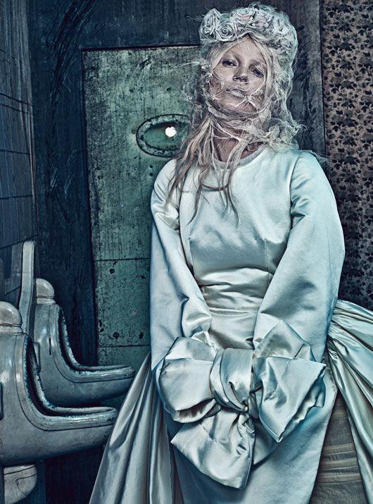 Съёмка: Кейт Мосс в объективе Стивена Кляйна. Изображение № 4.