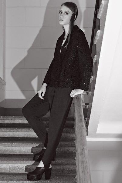Chanel, Trends Brands и Urban Outfitters показали новые лукбуки. Изображение № 82.