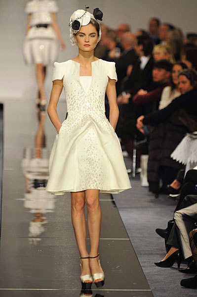 Chanel Spring 2009 Haute Couture. Изображение № 23.
